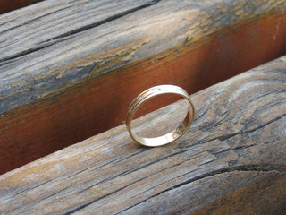 Ring on a wooden bench