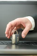 Problem of internet crime