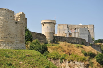 Donjon et fortifications 2, Falaise