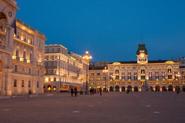 Fond de hotte en verre imprimé Vienne Piazza Unità d'Italia, Trieste