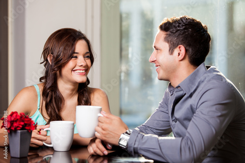 First Meetings - Online Dating Safety Tips