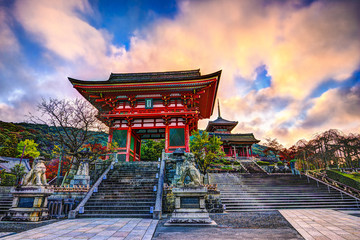 Foto op Aluminium Japan Kiyomizu-dera Temple Gate