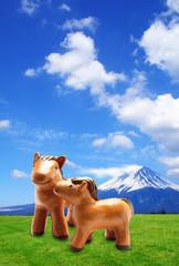 馬年賀背景素材 富士山と草原の馬