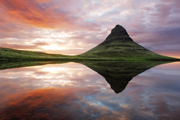 Wall Mural - Beautiful Iceland mountain landscape