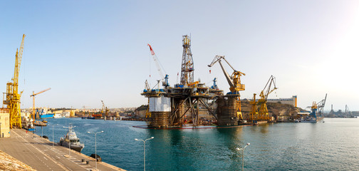 Oil platform, repair in the harbor