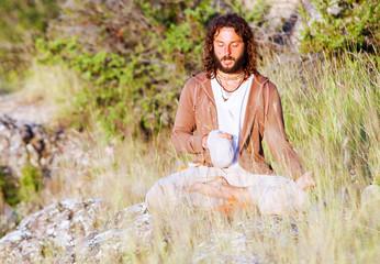 Alone buddhism prayer