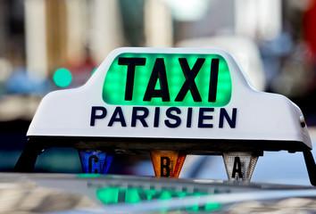 photos illustrations et vid os de taxi parisien. Black Bedroom Furniture Sets. Home Design Ideas