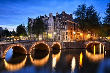 Canvas Prints Amsterdam Night scene at a canal in Amsterdam