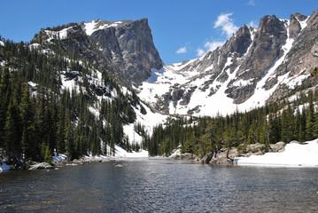 Wall Mural - Dream lake et Hallett peak, Rocky Mountain National Park, CO