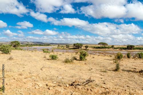 К упить дом на западе кении