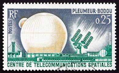 Postage stamp France 1962 Space Communications Center, Pleumeur-