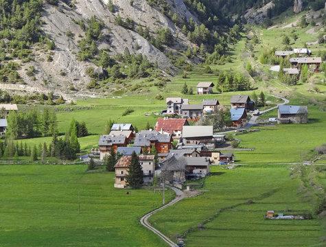 Ceillac - Queyras, dans les Hautes-Alpes (France)