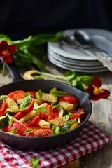 pasta with tomato and zucchini