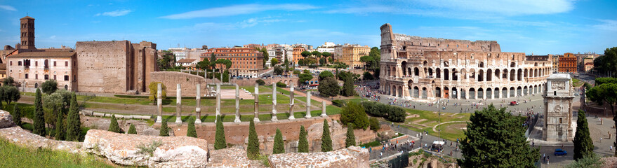 Fototapete - Panoramic view of Colosseo arc of Constantine and Venus temple R