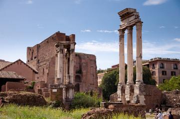Fotomurales - Column ruins at Roman Forum at roan forum
