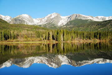 Wall Mural - Sprague lake in the morning, Rocky Mountain National Park, CO