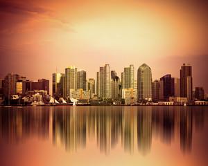 Fototapete - Colorful San Diego California skyline at sunset
