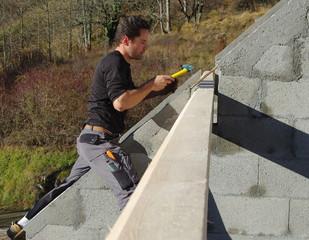 construction de maison - charpentier