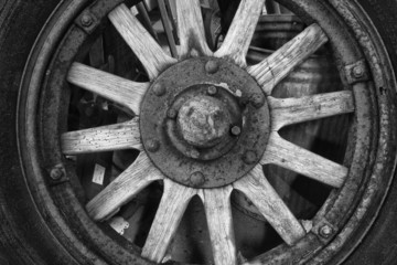 Antique Tire and Wood Wheel for Vintage Classic Car