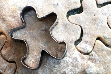 gingerbread man cookies with copper cookie cutter