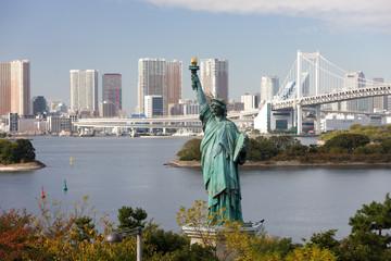 お台場海浜公園の自由の女神像