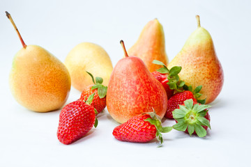 Digital quality photo of fresh strawberries and honey pears