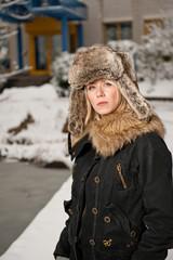 Fashion Mütze beim Schnee