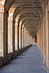 arcade's San Luca - bologna, italy