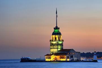 Maiden's Tower- Kizkulesi-Leandre Tower-istanbul
