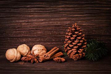 Weihnachtskarte mit Gewürzen