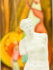 replica of Venus de Milo in art gallery