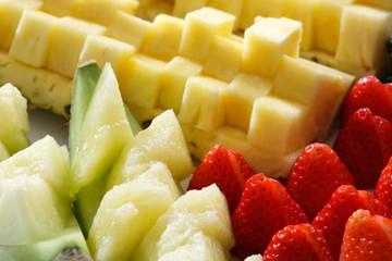 メロンとイチゴとパイナップル