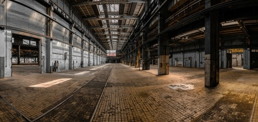 Fototapete - Industrial interior of a large building