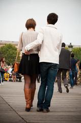 couple sur le pont des Arts