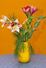 Stillleben mit Blumenstrauß
