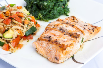 delicious grill salmon with side dishes