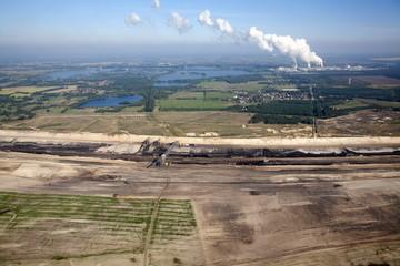 Tagebau & Kraftwerk