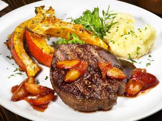 Hirsch - Steak