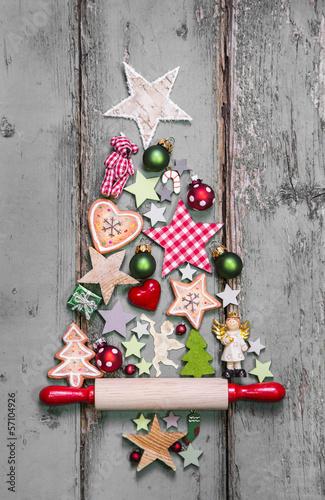weihnachten rustikal im landhausstil mit holz und rot stockfotos und lizenzfreie bilder auf. Black Bedroom Furniture Sets. Home Design Ideas