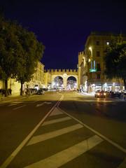 Verona,Porta dell'Orologio in notturna