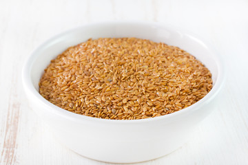 linseed in bowl
