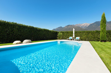 pool, view from the garden
