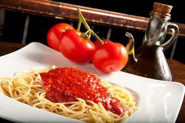 pasta, spaghetti al pomodoro