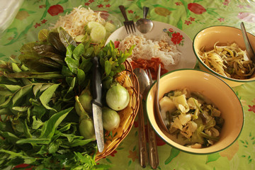 Thai vermicelli eaten with curry with vegetable