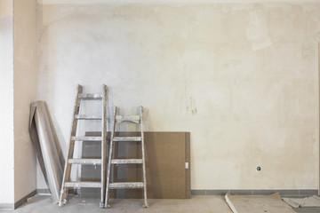 renovieren große und kleine Leiter