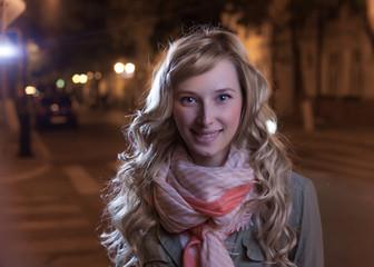 blonde outdoor at autumn evening