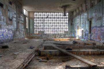 Wall Mural - Insolvente Fabrik, pleite