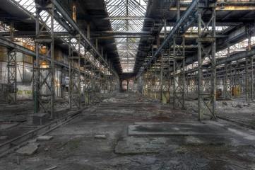 Wall Mural - Alte Halle in einer Fabrik