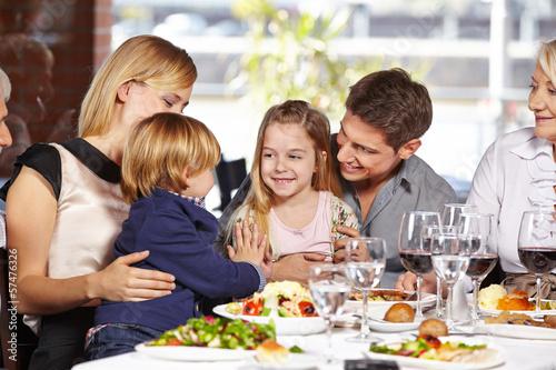 family eating at restaurant - HD2048×1199