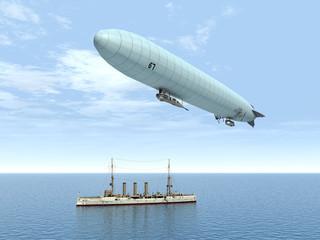 Deutsches Luftschiff und deutscher Kleiner Kreuzer (1.WK)
